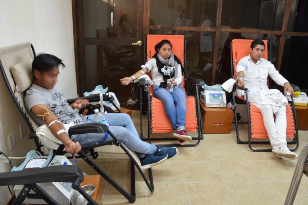 Promueven universitarios UNICH cultura de la donación